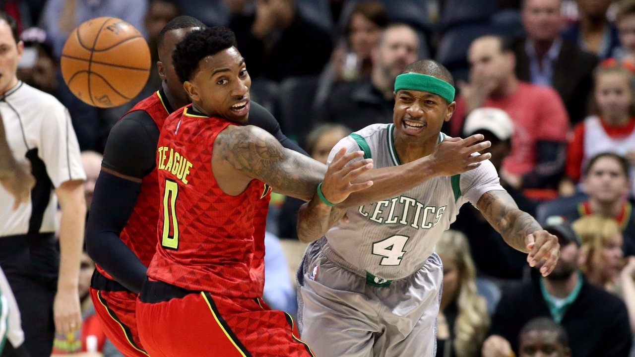 Celtics' Bradley leaves with hamstring injury, and it doesn't sound good