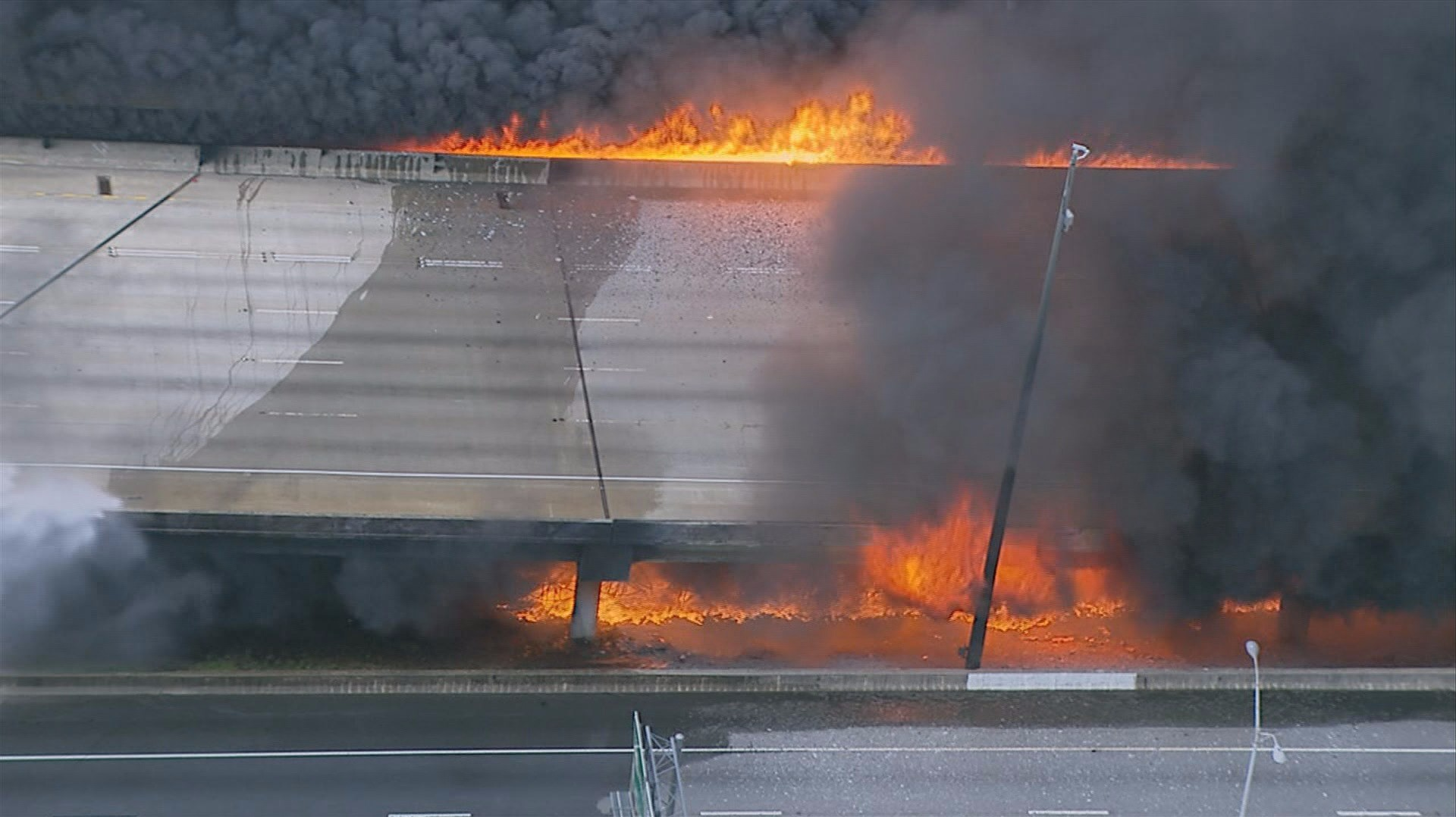 how fire destroyed the i 85 steel and concrete bridge. Black Bedroom Furniture Sets. Home Design Ideas