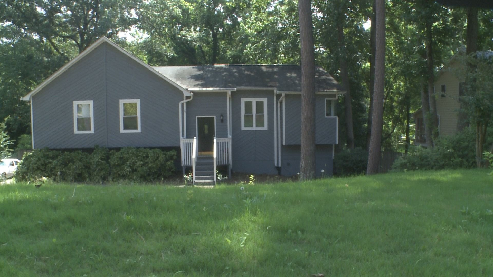 11alive com homeowner struggles to kick out strangers from her home