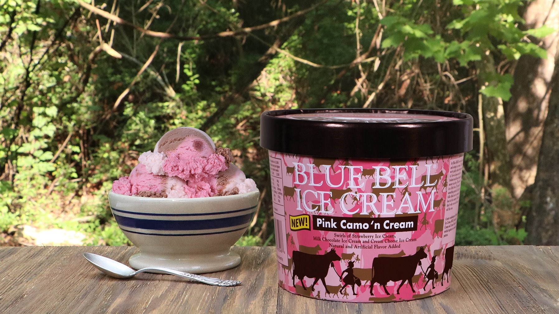 Blue bell offers christmas cookies flavor for Christmas cookie ice cream blue bell